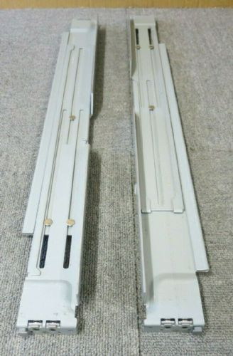 "NetApp 404-00303 404-00304 Left And Right Rack Mounting Kit 19"" For FAS6220"